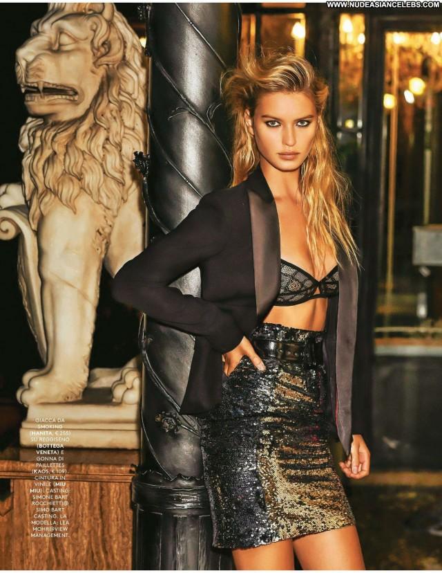 Lea Mohr Photo Shoot Old Fashion London Posing Hot Paris Model Sexy