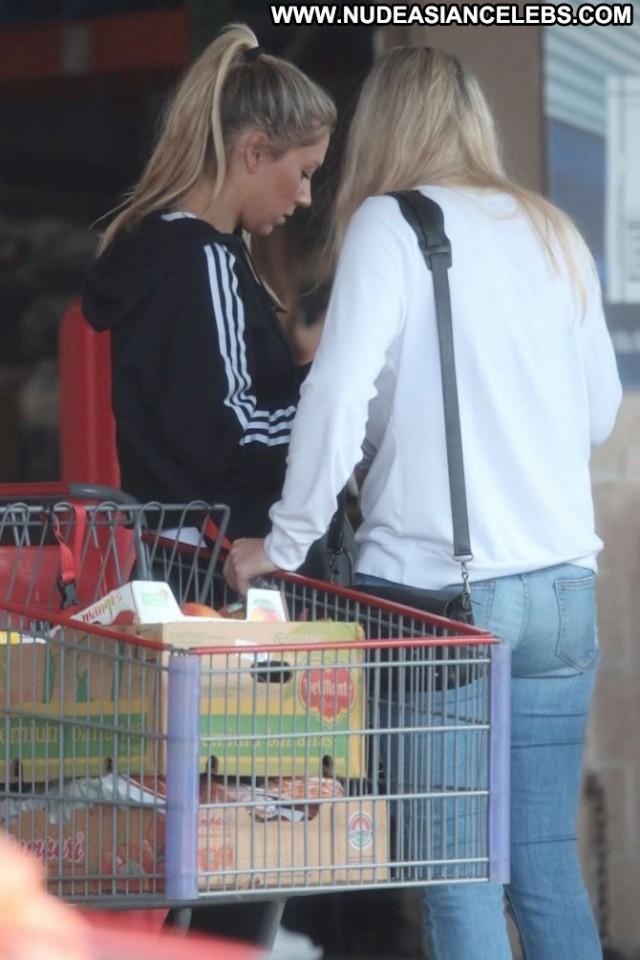 Anna Kournikova No Source Babe Paparazzi Beautiful Shopping Celebrity
