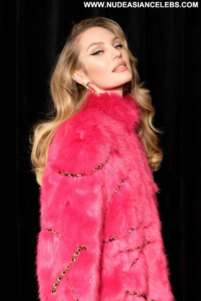 Candice Swanepoel Fashion Show Beautiful Paparazzi New York Celebrity