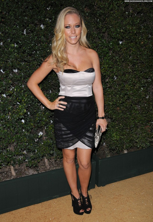 Kendra Wilkinson Anniversary Party Babe Party Beautiful Posing Hot