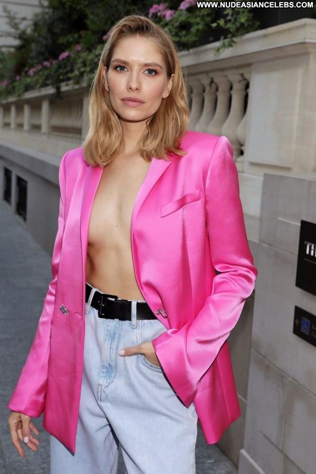 Lena Perminova No Source Celebrity Beautiful Babe Party Paris Videos