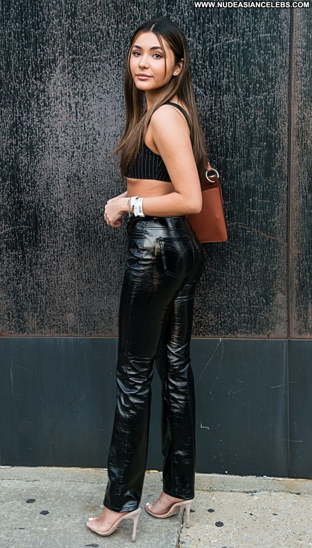 Atiana De No Source Erotic Girlfriend Topless Rich New York Sexy See