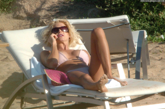Victoria Silvstedt No Source Posing Hot Celebrity Babe Asian Beautiful